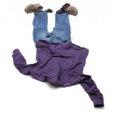 iStock_000058455170_Medium dropped clothes